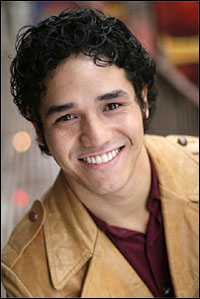Adam Jacobs Head Cast of Lion King Tour's Chicago