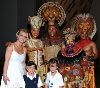 Britney Spears with her Kids and The Lion King Cast